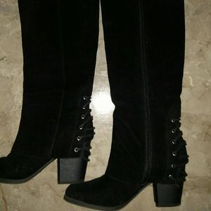 Black boots, size 7 EUC , worn once